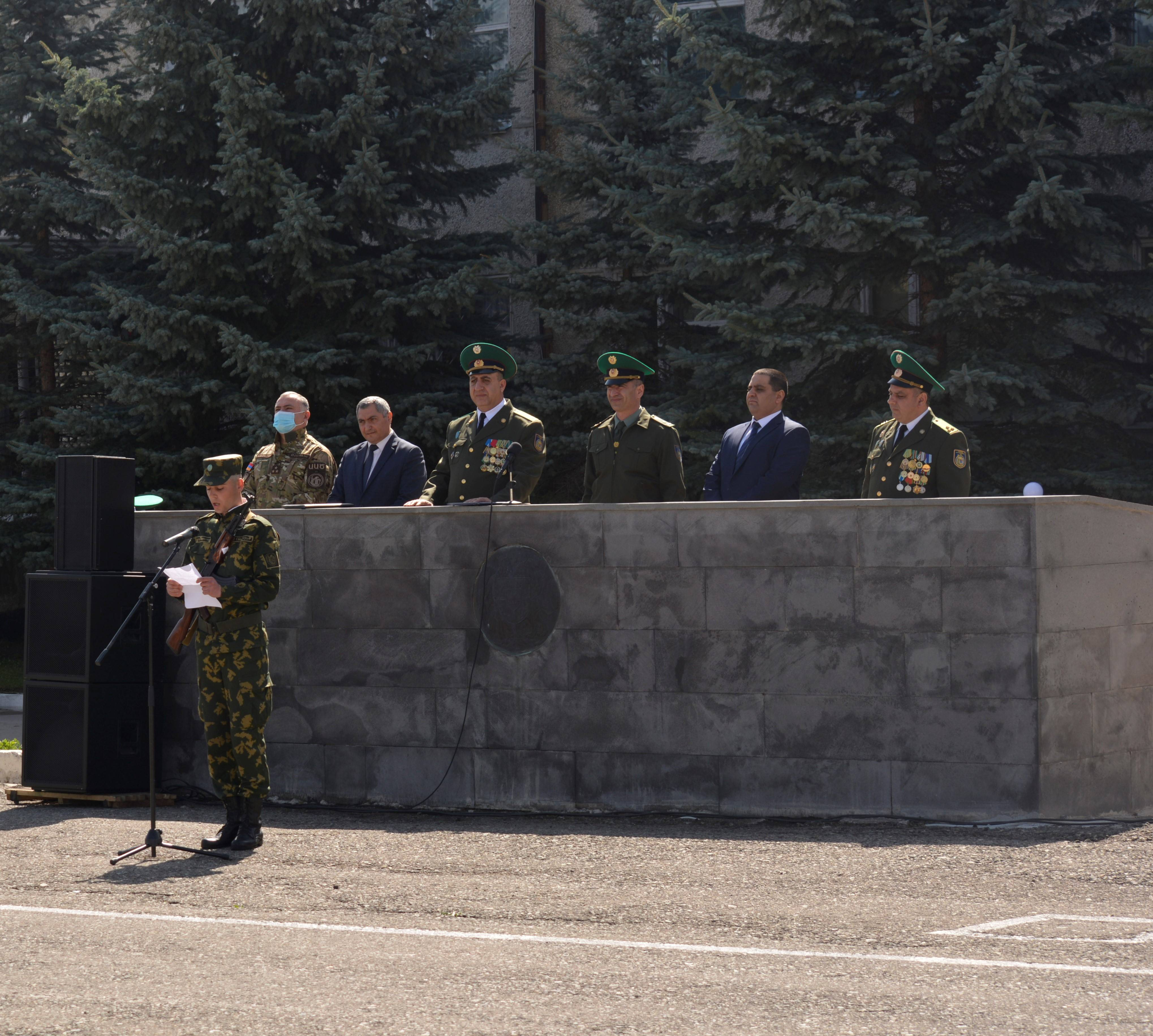 A SOLEMN SWEARING-IN CEREMONY OF THE RECRUITS IN THE RA NSS BORDER GUARD TROOPS (video, photos)