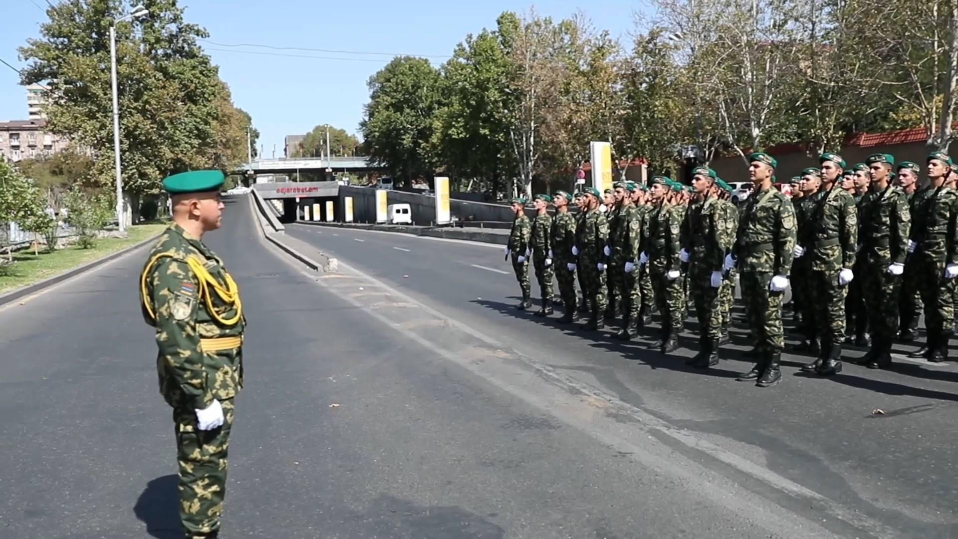 ՀՀ ԱԱԾ սահմանապահ զորքերի զինծառայողները շարային քայլերթով նշեցին Հայաստանի Հանրապետության անկախության տոնը (տեսանյութ)